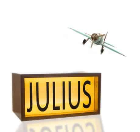 Leal Light Boxes Julius