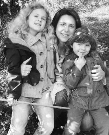Helena and her kids