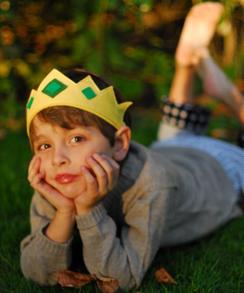 Felt Crown: Just great and can be worn for years with its fabric covered elastic at the back