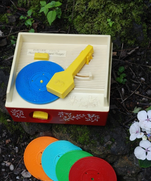 Vintage Fisher Price Record Player: How all toys should be made!