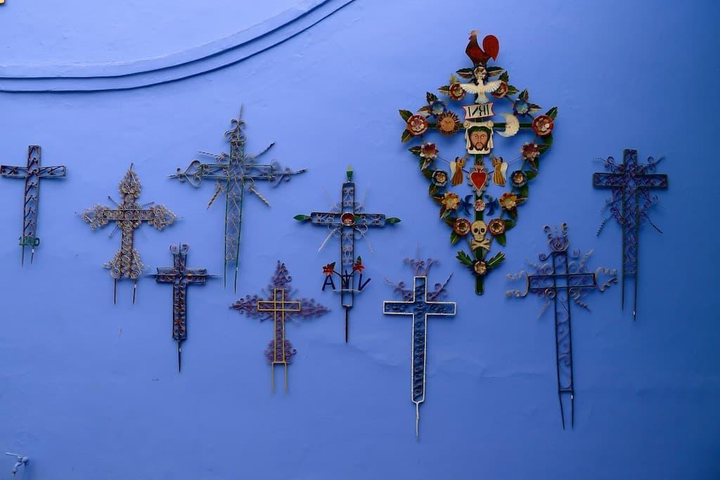 Peru crosses
