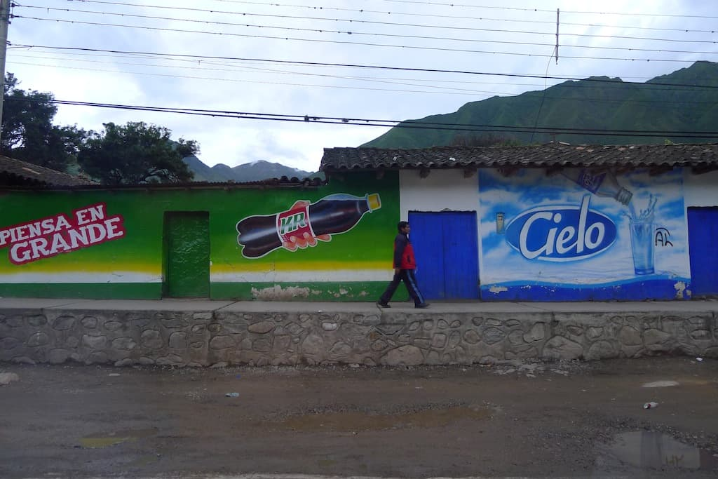 advertising in Peru