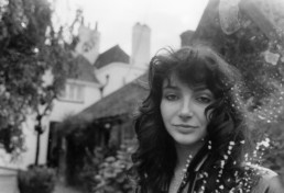 Kate Bush sings Rocket man