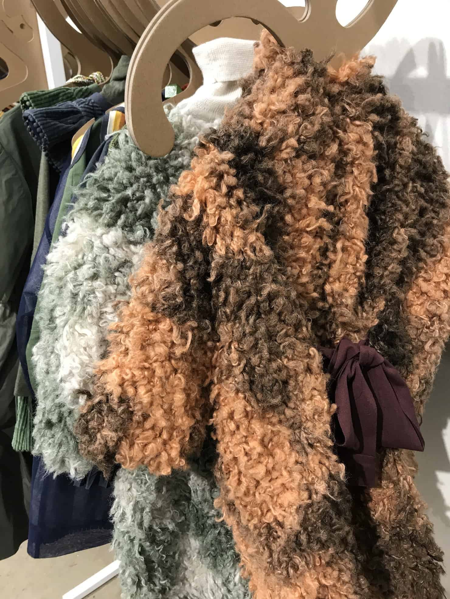 Tia Cibani Kids - Faux shearling and warm tones at Playtime Paris #25