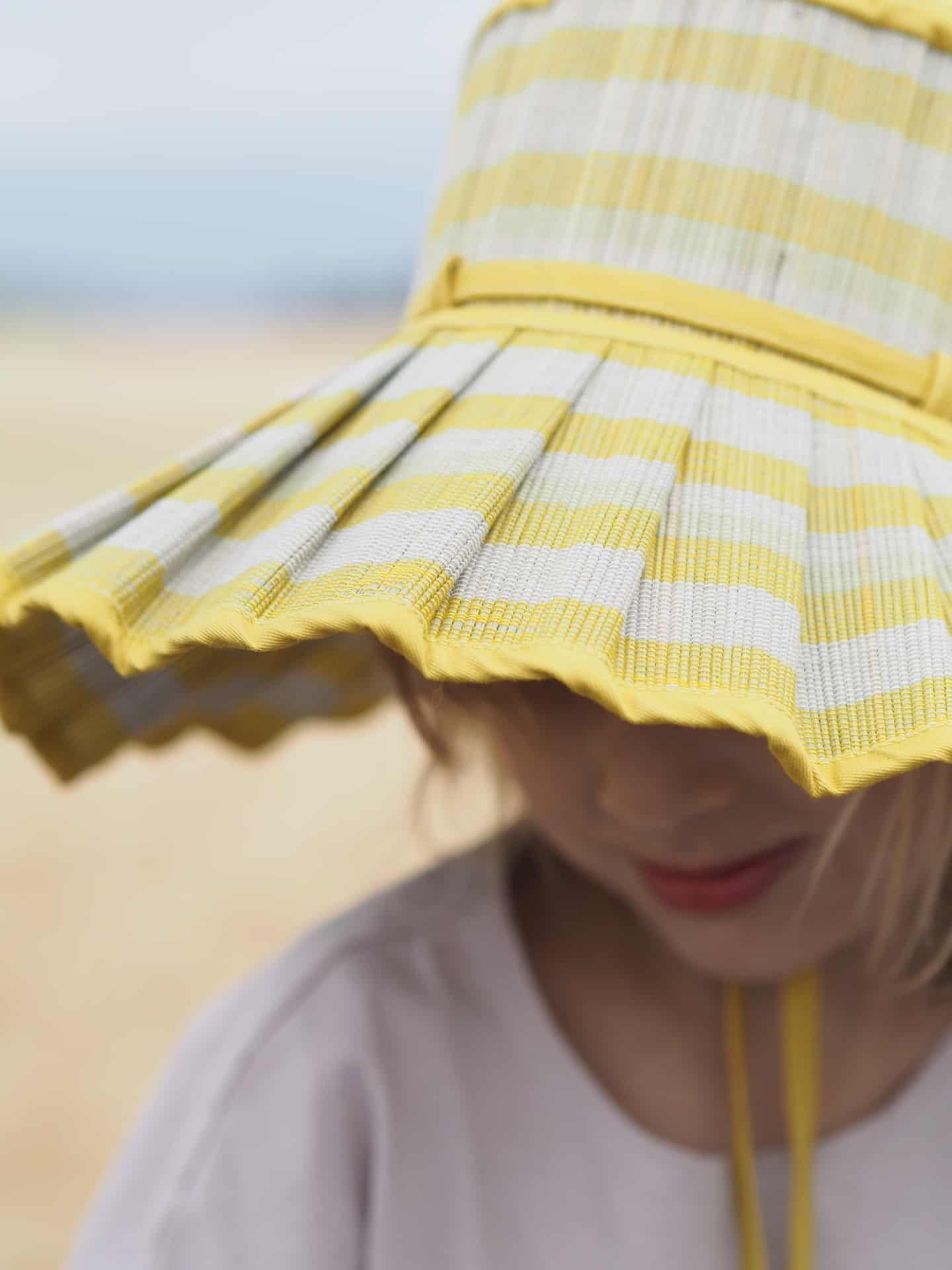 Lorna Murray natural fibre foldable Capri